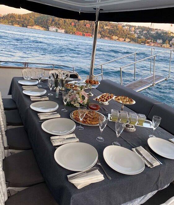 istanbul-dinner-yacht