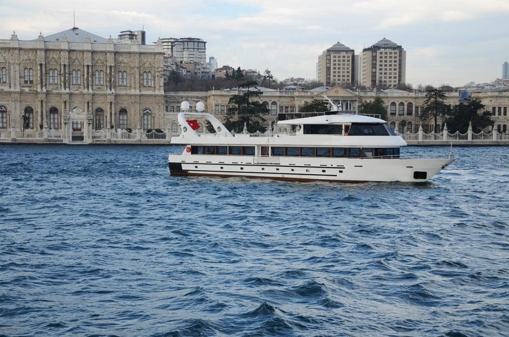 istanbul wedding boats