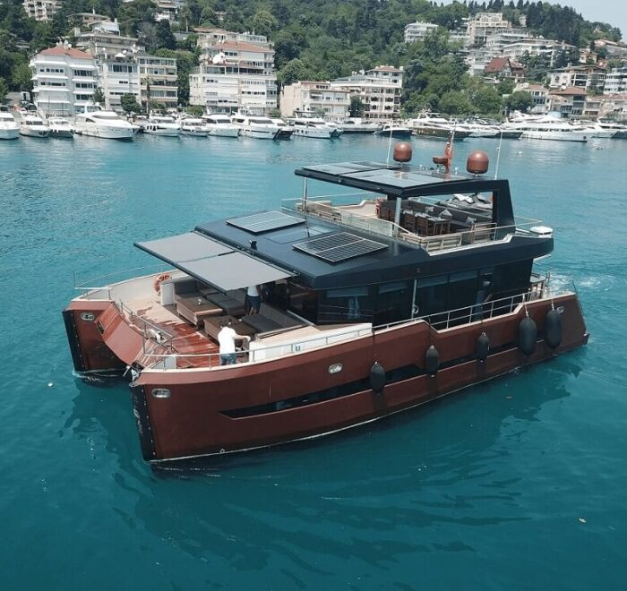 bosphours cruse by yacht