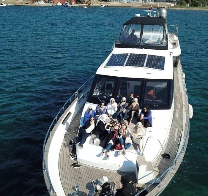 istanbul zoe yacht cruise tour