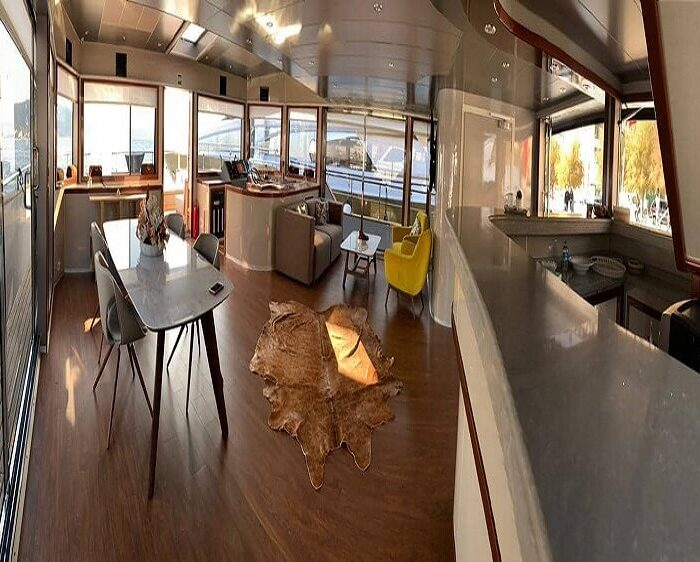 private-yacht-for-groups-in-istanbul