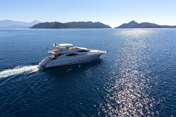 private-yacht