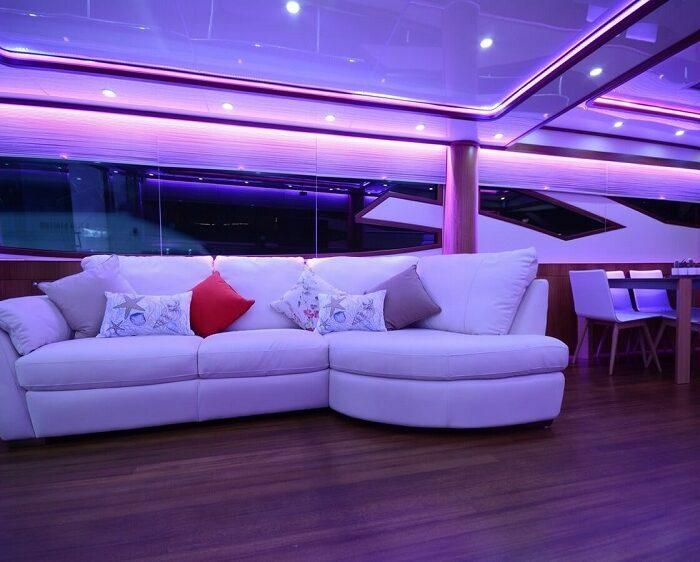 yacht-cruise-on-bosphorus
